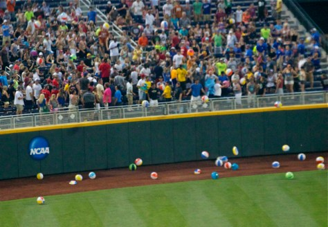 The left-centerfield crowd blankets the warning track in beach balls. (Photo: Shotgun Spratling)