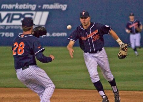Tanner Pinkston flips to the pitcher covering. (Photo: Shotgun Spratling)