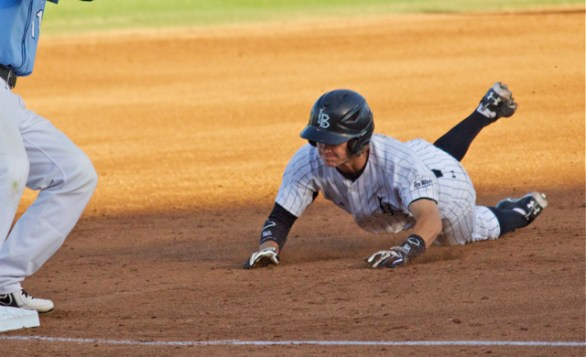 Garrett Hampson steals 3B. (Photo: Shotgun Spratling)