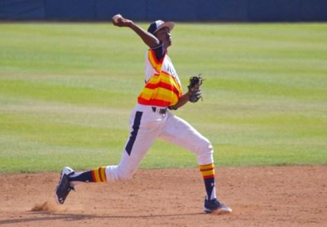Manny Jefferson throws to first. (Photo: Shotgun Spratling)