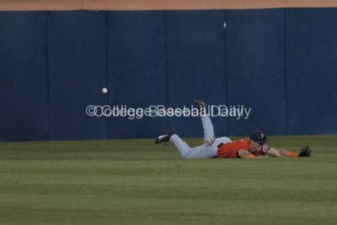 Michael Lorenzen can't come up with the diving catch.