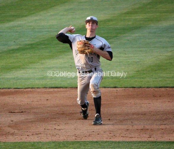 Matt Duffy throws across the diamond.