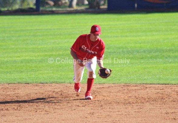 Robert Wayman gets a ball on the hop. (Photo: Shotgun Spratling)