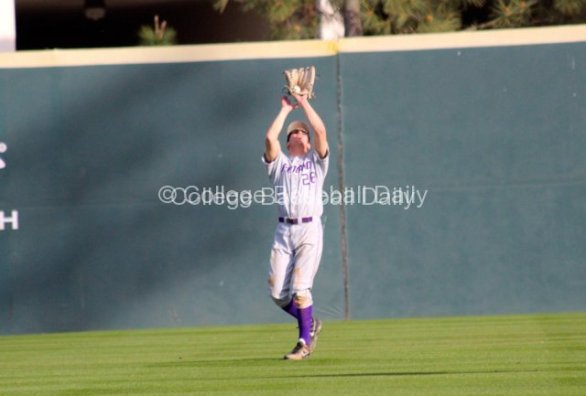 Chet Thompson makes a catch in right field.