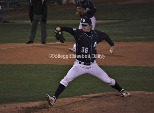 Jack Shannon pitches