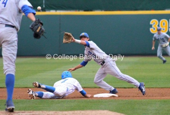 Brandon Trinkwon takes a pickoff throw.