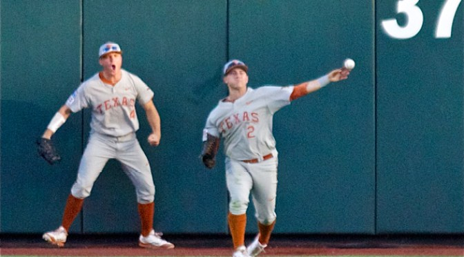 Collin-Shaw-is-pumped-up-at-Mark-Paytons-diving-catch.-Photo-Shotgun-Spratling