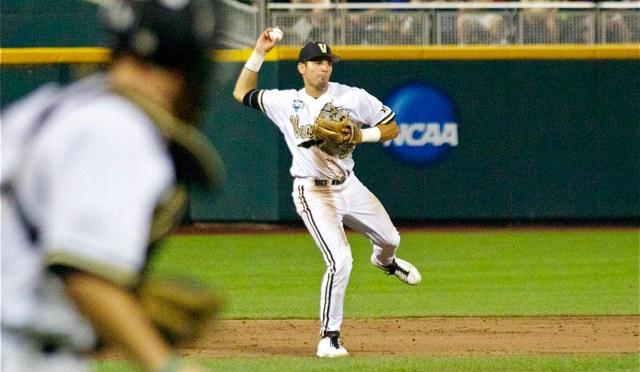 2014 CWS Game 6: Vanderbilt 6 UC Irvine 4