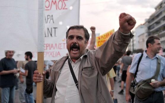 Manifestante di Atene