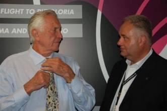 Le président du Club Luc Le Clech avec Georges lazenby au Piz Gloria