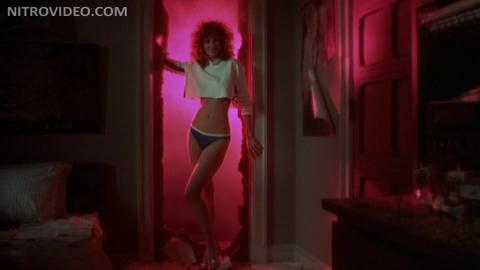 Weird Science Celebrity Sexy Babe Hot Actress Cute Famous