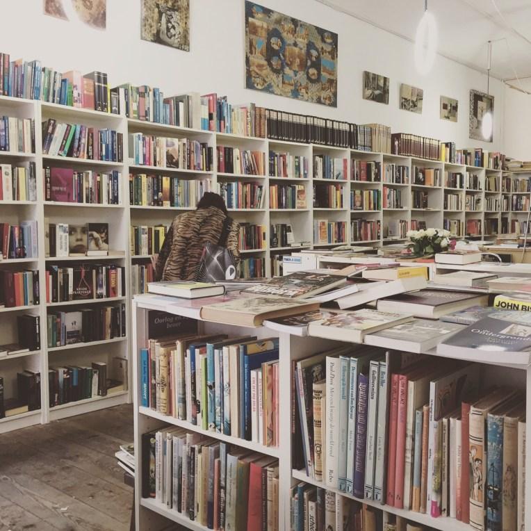 Toko buku bekas di Delft