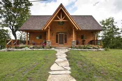 Confederation Log Home - The Hillcrest