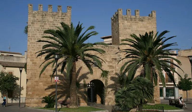 Visit Alcúdia, Travel to Alcúdia