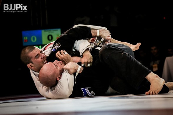 Rodolfo Vieira in action against Xande Ribeiro - pic by BJJPix.com
