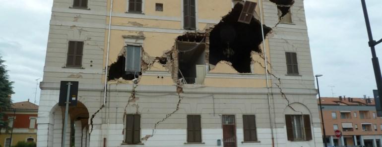 sisma in emilia, il municipio di Sant'Agostino