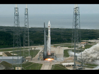 MAVEN lifts off