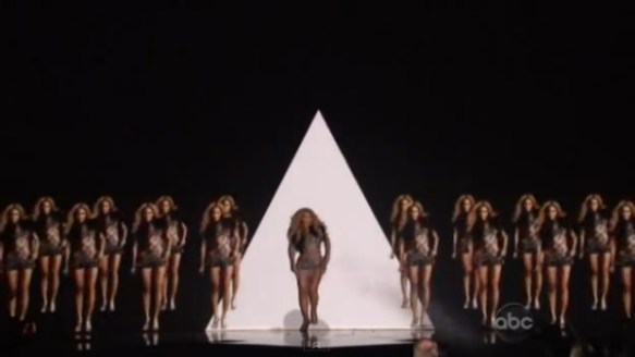 Beyonce Illuminati Pyramid Girls