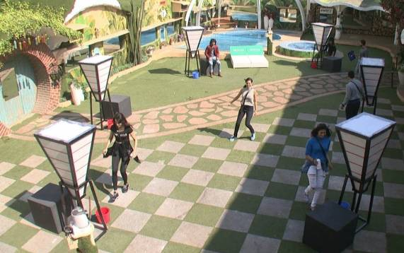 Bigg Boss 9 - Day 86 - Episode 86 - ticket to finale task