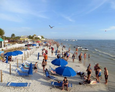 Fort Meyers Beach - Photo by Vera Izrailit under CC BY-NC-ND 2.0