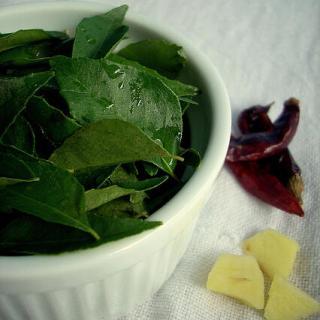 Curry Leaves Chutney Recipe | Karuveppilai Chutney Recipe