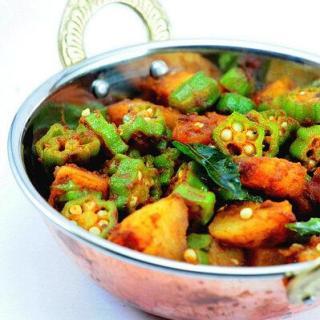 Aloo Bhindi   Aloo Bhindi Masala (Dry) Recipe   Bhindi Recipes