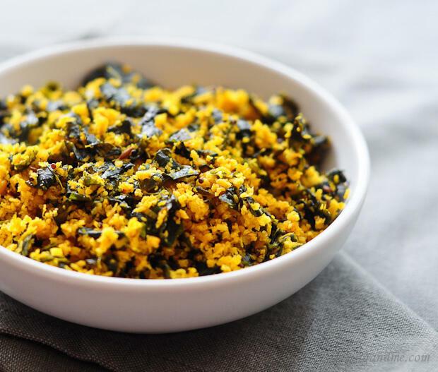 Muringayila Thoran-Kerala Thoran Recipe-Drumstick Leaves cooked with Coconut
