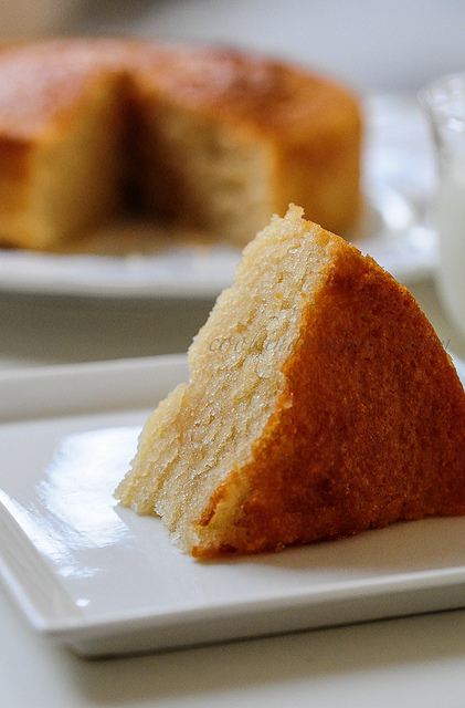 Eggless Vanilla Cake Recipe With Images : Eggless Vanilla Cake Recipe - Eggless Sponge Cake Recipe ...