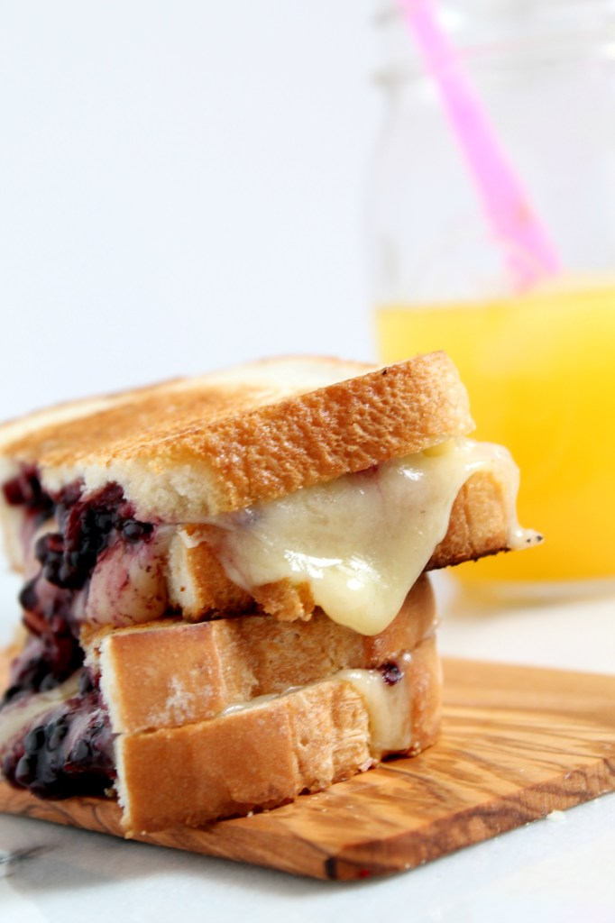 Blueberry Balsamic Grilled Cheese Sandwich6