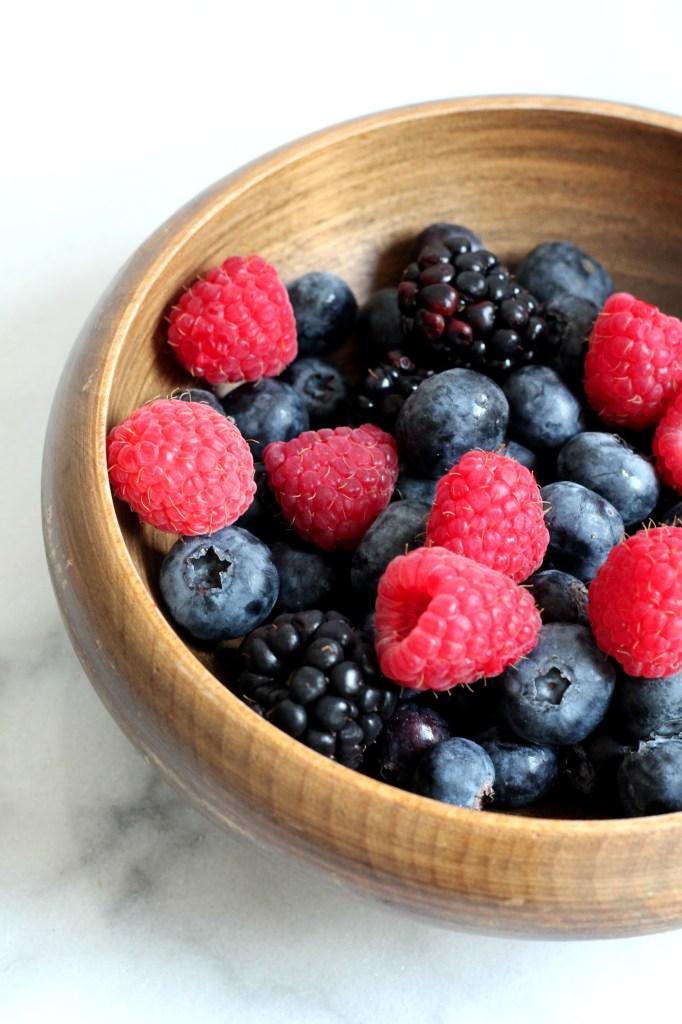 Berry Pavlova 01