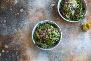 broccoli_coconut_turmeric_salad2