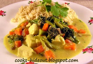 Mixed Vegetables in Thai Yellow Curry Sauce