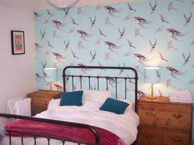 little-court-north-berwick-bedroom