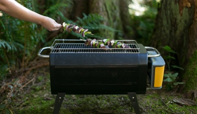 biolite-fire-pit-lagerfeuer-tonne-ohne-qualm-outdoor-grill-8