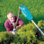 Cordless Long Reach Hedge Trimmer makes life easier this summer
