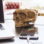 USB Skull Hub – creepy yet functional