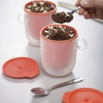 This Microwavable Mug Set stays cool after cooking