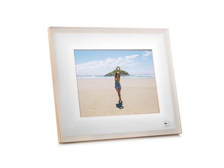 Quartz smart photo frame from Aura » Coolest Gadgets