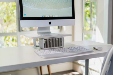 - kensington coolview - Kensington CoolView Wellness Monitor Stand with Desk Fan » Coolest Gadgets