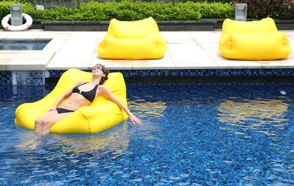 Waterproof Beanbag Chair Floats Poolside