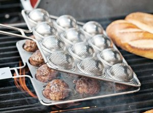 The Meatball Grill Basket brings flame broiled goodnews to spaghetti and meatballs.