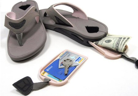 Stash Reef Sandals