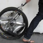 Contortionist could start a folding bike revolution