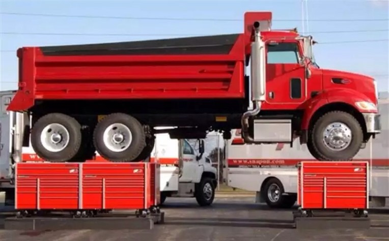 tool boxes supporting truck