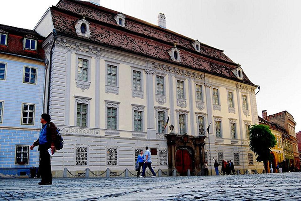 Palacio de Bruckental. Foto de Travel & Photo.