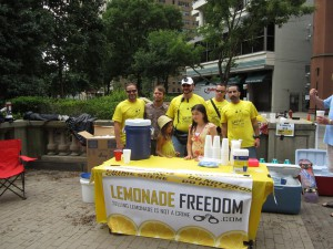 Lemonade Vendors Stand Up to Cops, and Win!