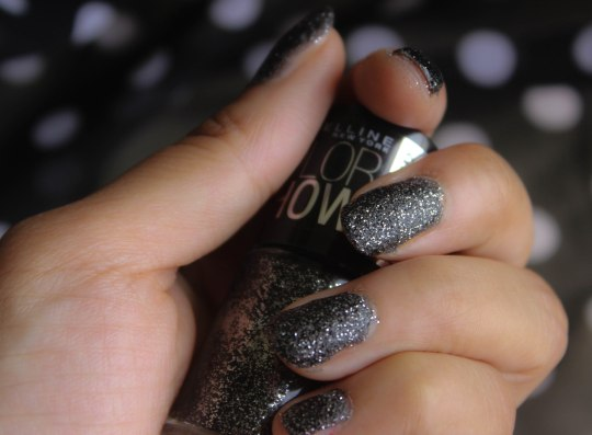 Maybelline Colorshow Nail Polish in Starry Nights Swatch