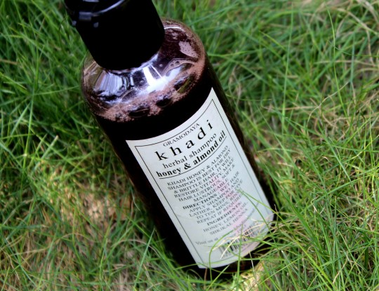 Khadi Herbal Shampoo Review