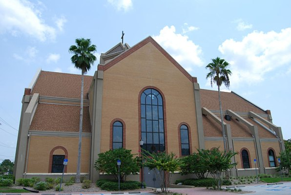 Lake Magdalene Church - Tampa