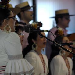 coro-rociero-la-borriquita-certamen-villancicos-azuaga-badajoz-2015-21